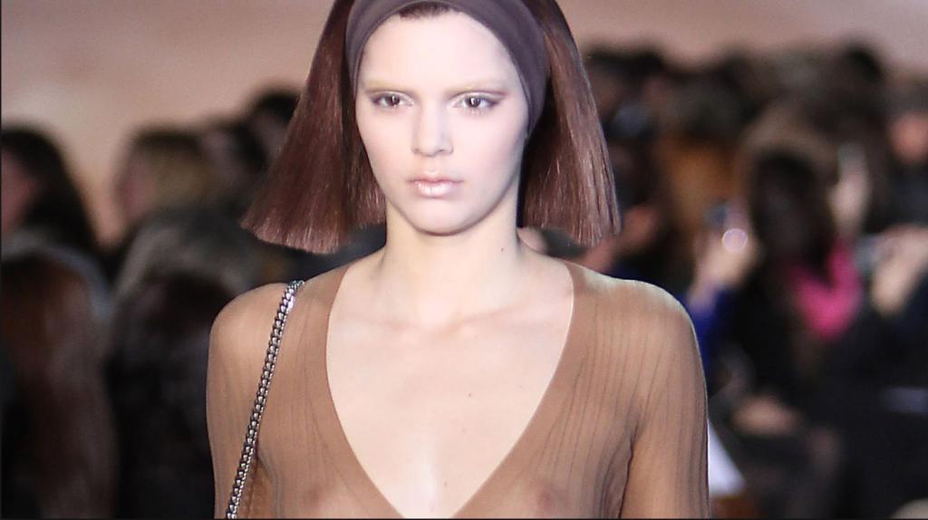 Kendall Jenner – Fashion Week